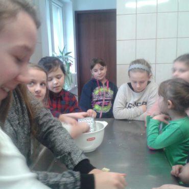 Zimowo i …kokosowo – zajęcia kulinarne w Raciążu