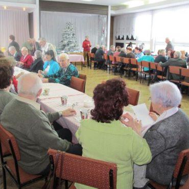 Dzień Babci i Dziadka w Klubie Seniora Jesień