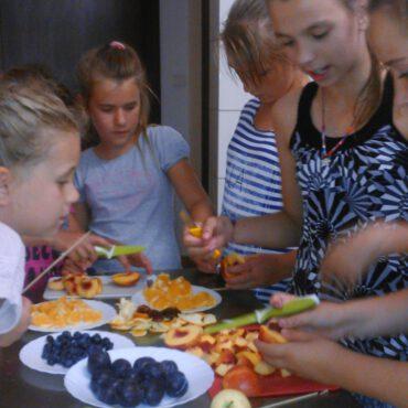 Wakacje w Raciążu: owocowe lato