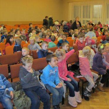 Dzieci obejrzały spektakl `Hej kolęda, kolęda`