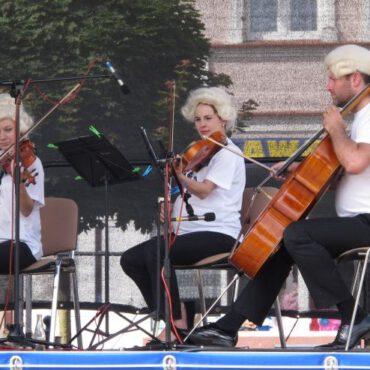 Utwory Mozarta zabrzmiały na rynku