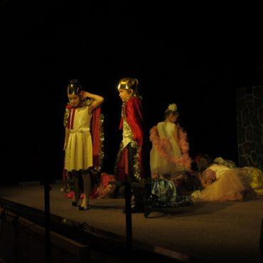 Przegląd Teatrzyków Szkolnych – Zabawa w Teatr