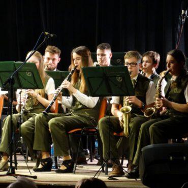 Orkiestra rozgrzała publiczność
