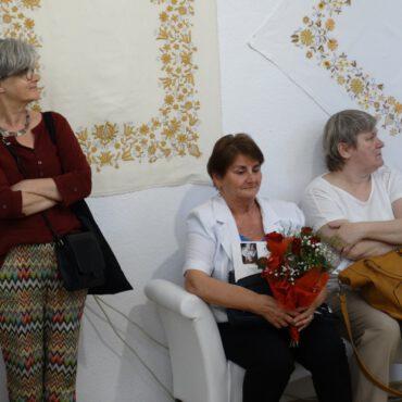 Wernisaż z okazji 45-lecia pracy twórczej pani Alojzy Zaremby – Lipińskiej