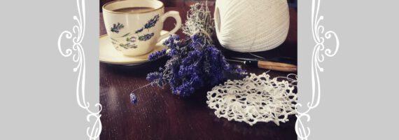 Poznaj piękno `Rustykalnej Chaty` – wernisaż wystawy prac Elżbiety Pieczki