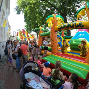 Dzień Dziecka na tucholskim rynku