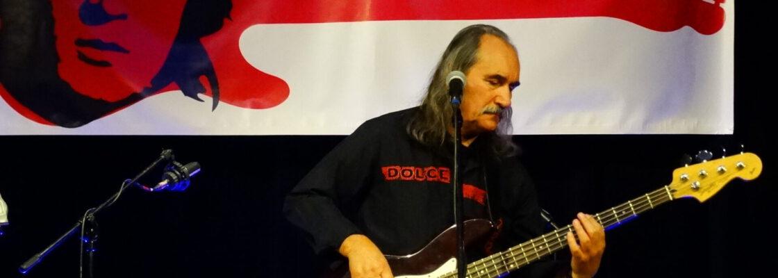 Zaduszki Muzyczne z piosenkami Krzysztofa Klenczona