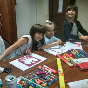 Raciąż: Zajęcia plastyczne z okazji Święta Niepodległości