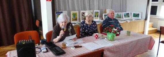 """Wieczorek z poezją i malarstwem w Klubie Seniora """"Jesień"""""""