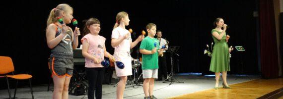 Audycja Muzyczna: Z muzyką dookoła świata