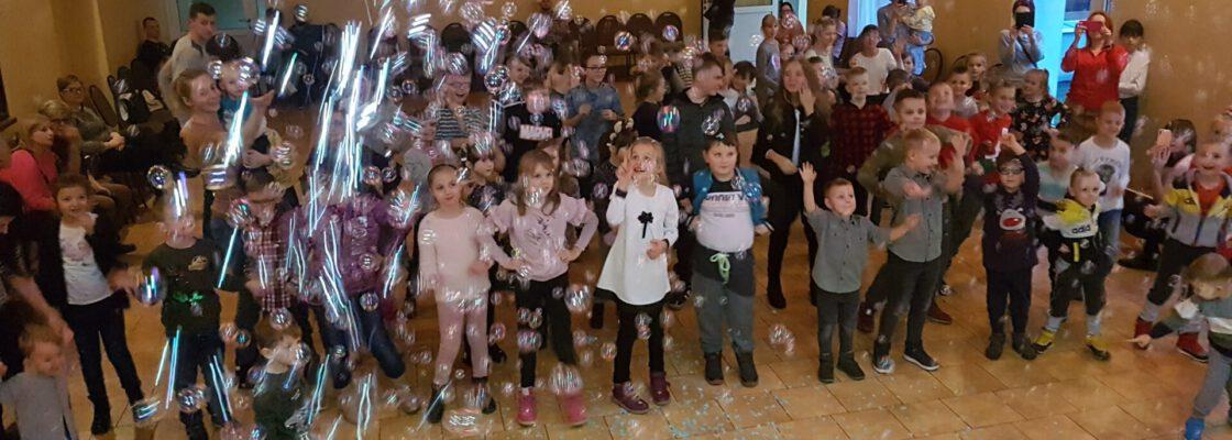 WDK: Bajkowe Mikołajki w Domu Kultury w Raciążu