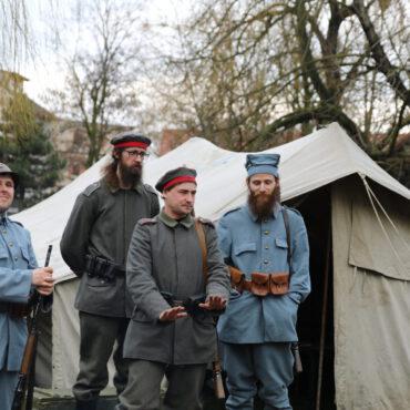 Piknik historyczny z okazji 100-lecia powrotu Tucholi do Polski