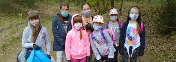 Przyjazny Kąt: akcja sprzątania lasu w czerwcu