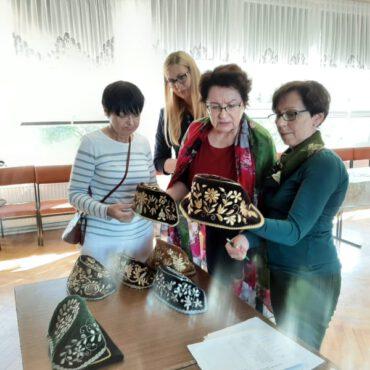 Obrady jury Konkursu Współczesnej Sztuki Ludowej w Borach Tucholskich 2021